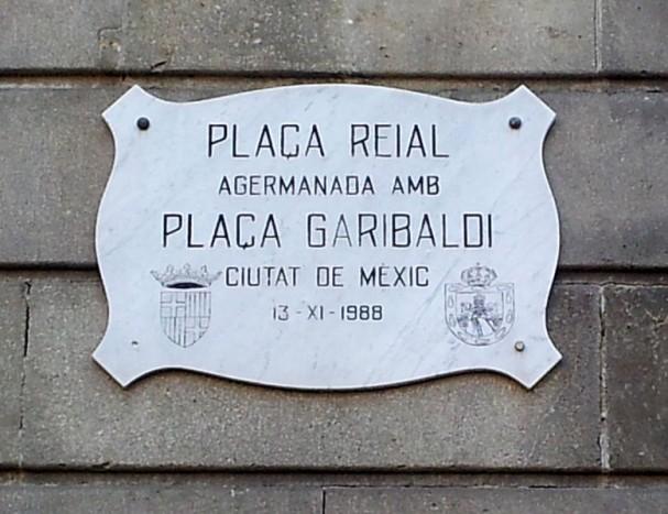 https://commons.wikimedia.org/wiki/File:Placa_reial_plaza_garibaldi.jpg
