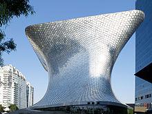 https://en.wikipedia.org/wiki/Museo_Soumaya#/media/File:Museo_Soumaya_Plaza.jpg